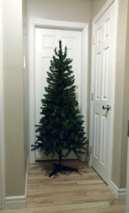6 Ft Artificial Tree