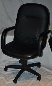 Mid-Back Leather Managers Chair