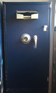 Solid Steel Safe for Sale- $100 each or 2 for $180 Kawartha Lakes Peterborough Area image 1