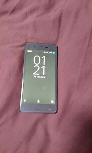 SONY XPERIA X PERFORMANCE MINT CONDITION London Ontario image 2