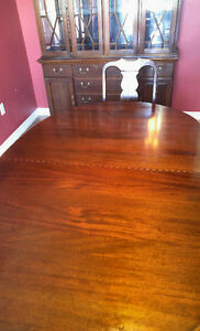 Dining table with cabinet/hutch London Ontario image 2