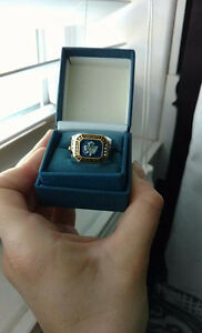 Toronto maple leafs ring