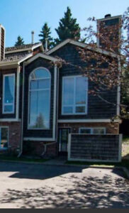 End Unit Townhouse Condo for Rent in Central Sherwood Park