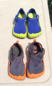 Toddler Boys  Water Shoes- Speedo  Hybrid Aqua : Size  L (9/10)