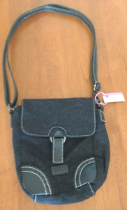 """I have a variety of """"Like New"""" purses for sale Ad #1 of 2"""