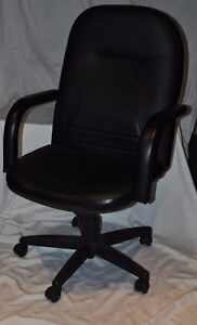 Mid-Back Leather Managers Chair Kingston Kingston Area image 2