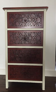 Solid Wood 4-drawer Chest