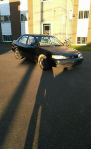 COROLLA 1999  AUTOMATIQUE  $750