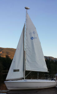 Hunter 170 Sailboat Daysailer