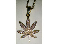 Classic 9ct Gold Plated Cannabis Pendant & Rope Chain