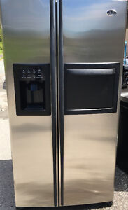 GE STAINLESS STEEL SIDE BY SIDE WITH WATER AND ICE NAKER