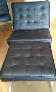 Imitation Fauteuil Barcelona et repose-pieds noir - 2 fois