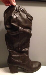 Spring Brand Ladies Boots size 8