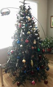 Sapin de Noël grande qualité avec décoration