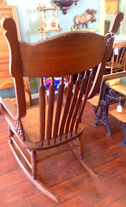 Antique Rocking Chair - Made In U.S.A. Kingston Kingston Area image 6