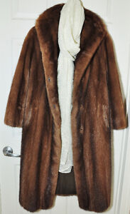 GENUINE MINK FULL LENGTH VINTAGE FUR COAT RICH CHOCOLATE BROWN