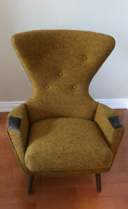 Adrian Pearsall wing back chair for Craft Associates 2231-C