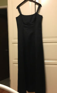 Formal Dress Navy Blue size 12 by Fairweather.