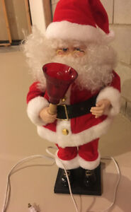 MOVING - MUSICAL - SANTA (ELECTRICAL) USED