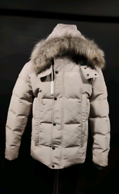 Canada Goose jacket Shipping included