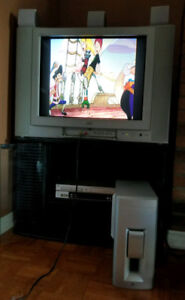 JVC 27'' CRT Flat Screen TV in Excellent condition