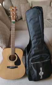 YAMAHA F310 Acoustic Guitar with accessories