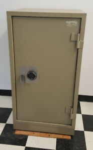 USED Gardex GX 4&3 Fire Safes