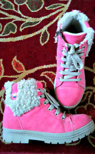 Size 2 pink, apple boots
