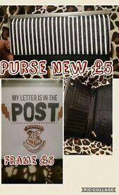 Harry potter frame and a black and white purse. *new*