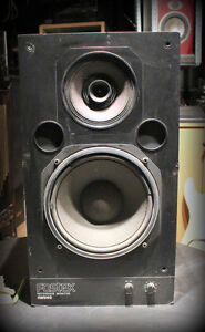 2 Rare Fostex RM 865 studio speakers/ near and far field