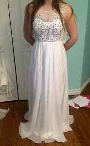 BEAUTIFUL White Sequined Prom Dress