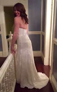 Brand New, Never Worn! Gorgeous Ivory Lace Sweetheart Neck Gown St. John's Newfoundland image 4