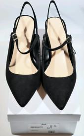Brand New Mary-jane Block Heel Closed- Toe Pumps Black Size 7