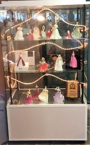 Royal Doulton Figurines wanted Peterborough Peterborough Area image 1