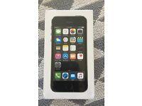 iPhone 5s 16gb BNIB, never opened. On Vodaphone network