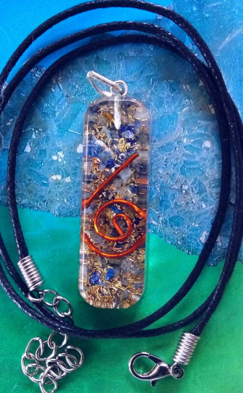 ORGONE LAPIS LAZULI AND CRYSTAL QUARTZ ENERGY PENDANT WITH COPPER COIL AND CHAIN