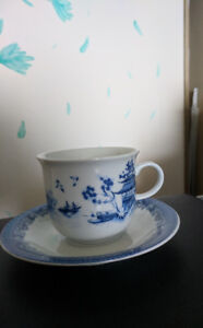 Chinese Garden Tea Cups and Saucers