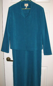 Full length sleeveless dress with 3 button Jacket-Size 14-Teal
