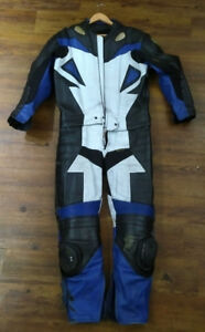 2 piece Leather Paradise motorcycle suit size XL