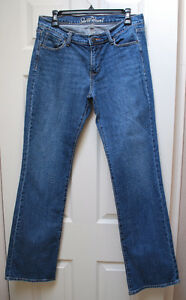 SIZE 6 LONG LADIES 'OLD NAVY' JEANS EXCELLENT CONDITION
