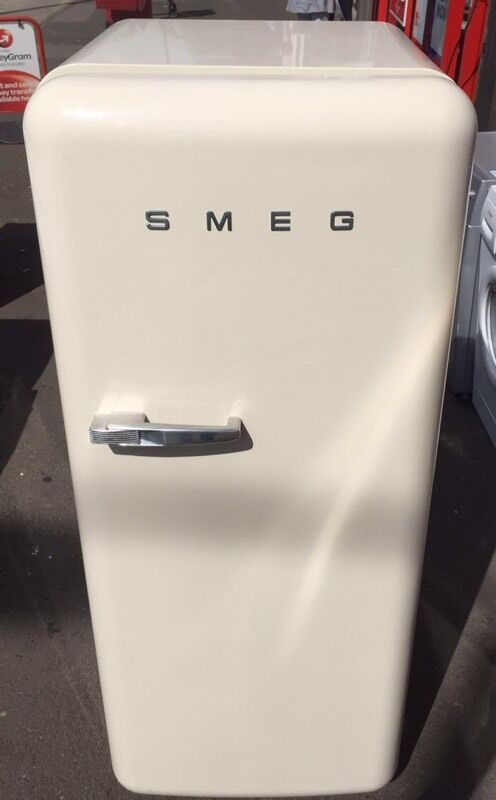 RETRO SMEG IVORY CREAM FRIDGE FREEZER REFRIGERATOR FAB28 INCLUDES 6 MONTHS GUARANTEEin Seven Sisters, LondonGumtree - RETRO STYLE SMEG IVORY/CREAM FAB28 REFRIGERATORRIGHT Hand HingeH146CM, W60CM, D 60CMINCLUDES 6 MONTHS GUARANTEEBuy with confidence ! All Viewings Welcomed!!!!!! EXCELLENT CLEAN CONDITION FULLYTESTEDYou will not be disappointed! GENUINE & TRUSTED...