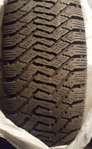 4 235/65/17 Goodyear directional snow tires