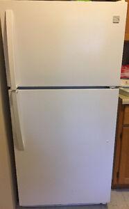 Kenmore Refridgerator & Freezer