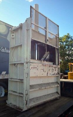 Heavy Equipment Attachments - Baler on