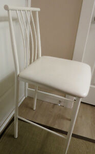 5 COUNTER HEIGHT STOOLS