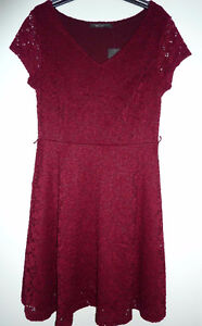 Suzy Shier Burgundy Lace Dress with Short Sleeves BRAND NEW