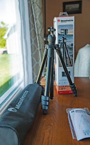Manfrotto Tripod With Ball Head