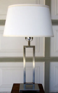 BRUSHED NICKEL TABLE LAMP - VERY GOOD CONDITIOIN