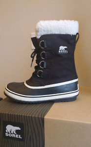 NEW Sorel Carnival Winter Boots Size 7