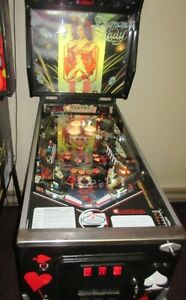 DIAMOND LADY PINBALL